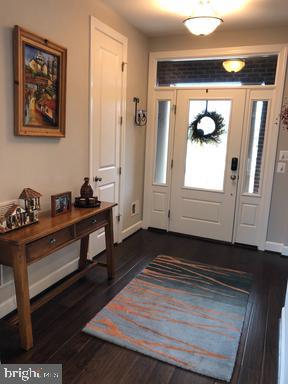 Front Foyer - 44596 STEPNEY DR, ASHBURN