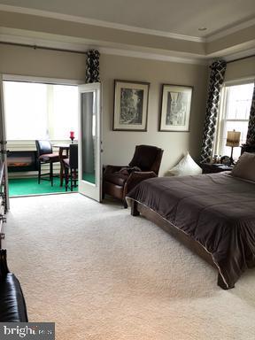 Master Bedroom with Porshe - 44596 STEPNEY DR, ASHBURN