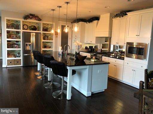 Kitchen - 44596 STEPNEY DR, ASHBURN