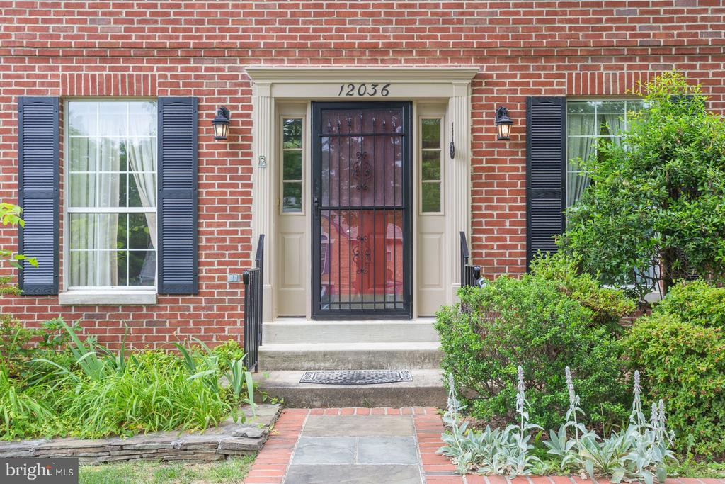 Inviting Home Entrance - 12036 SUGARLAND VALLEY DR, HERNDON