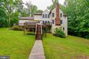 Steps from double  level deck to back yard - 98 WATEREDGE LN, FREDERICKSBURG