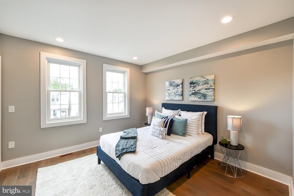 Master Bedroom - 834 DELAFIELD PL NW, WASHINGTON