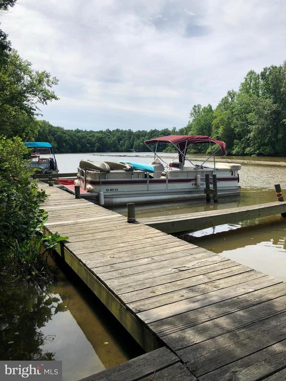 Enjoy the outdoors at the dock! - 15001 DOVEY RD, SPOTSYLVANIA