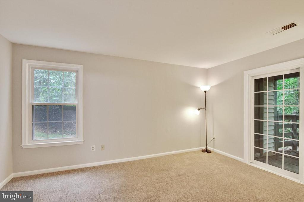 View Upon Entry Into Master Bedroom - 11701-B KARBON HILL CT #502B, RESTON