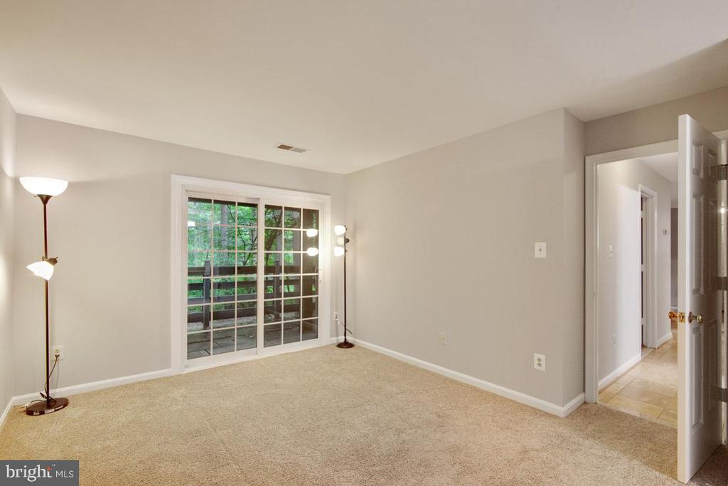 View Showing Rear of Master With Patio Access - 11701-B KARBON HILL CT #502B, RESTON