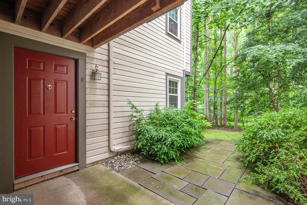 Units Front Door Is Just Steps to Reston Trails - 11701-B KARBON HILL CT #502B, RESTON