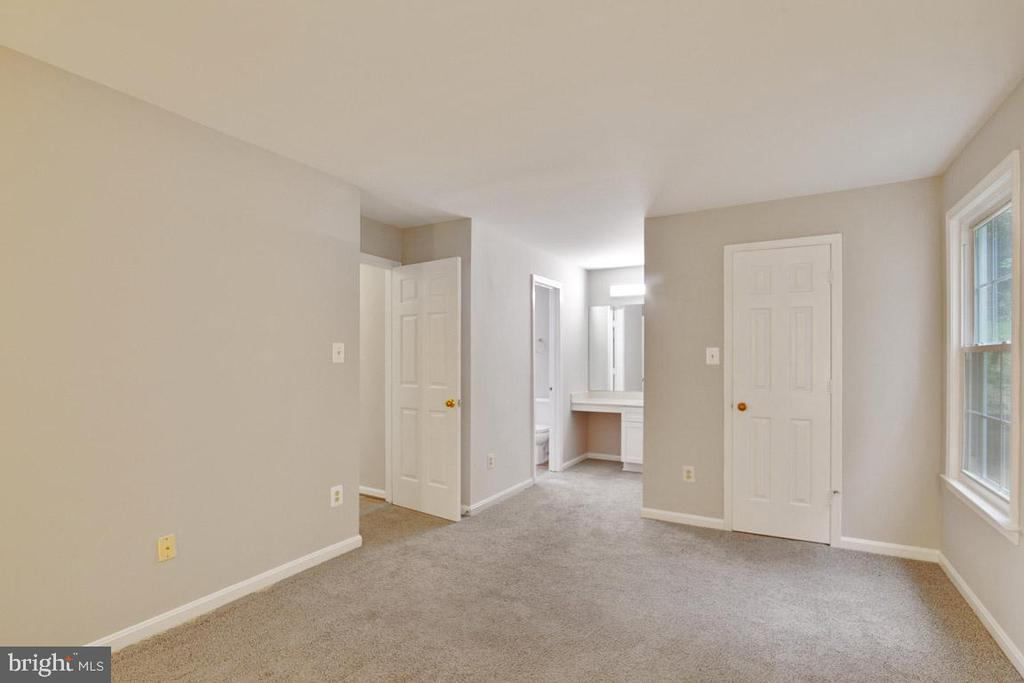 View of Master Showing Entrance From The Hallway - 11701-B KARBON HILL CT #502B, RESTON