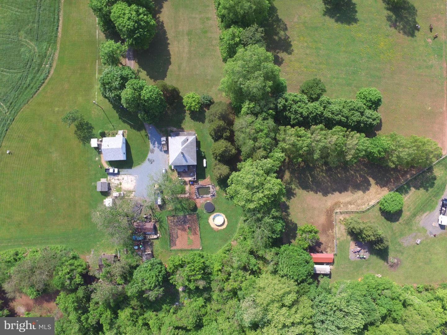Additional photo for property listing at  Dickerson, Maryland 20842 États-Unis