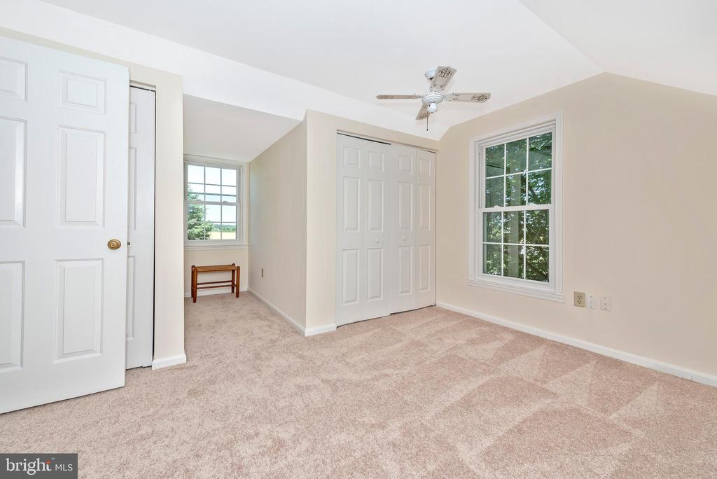 3rd bedroom with new carpeting - 5741 MOUNTVILLE RD, ADAMSTOWN