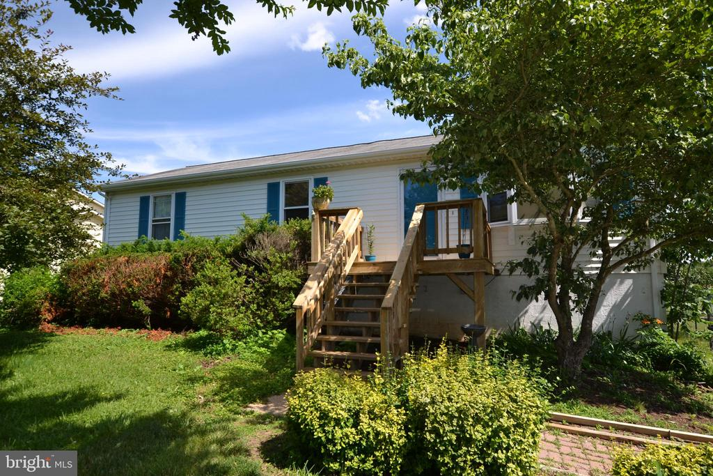 6721  HUNTLAND DRIVE, Bealeton in FAUQUIER County, VA 22712 Home for Sale