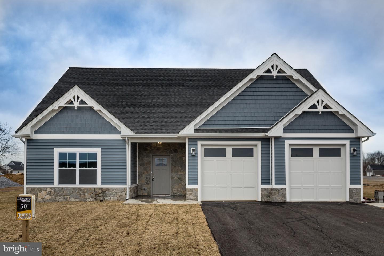Single Family Homes 为 销售 在 Bunker Hill, 西弗吉尼亚州 25413 美国