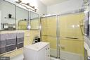 Bathroom - 857 3RD ST SW #104, WASHINGTON