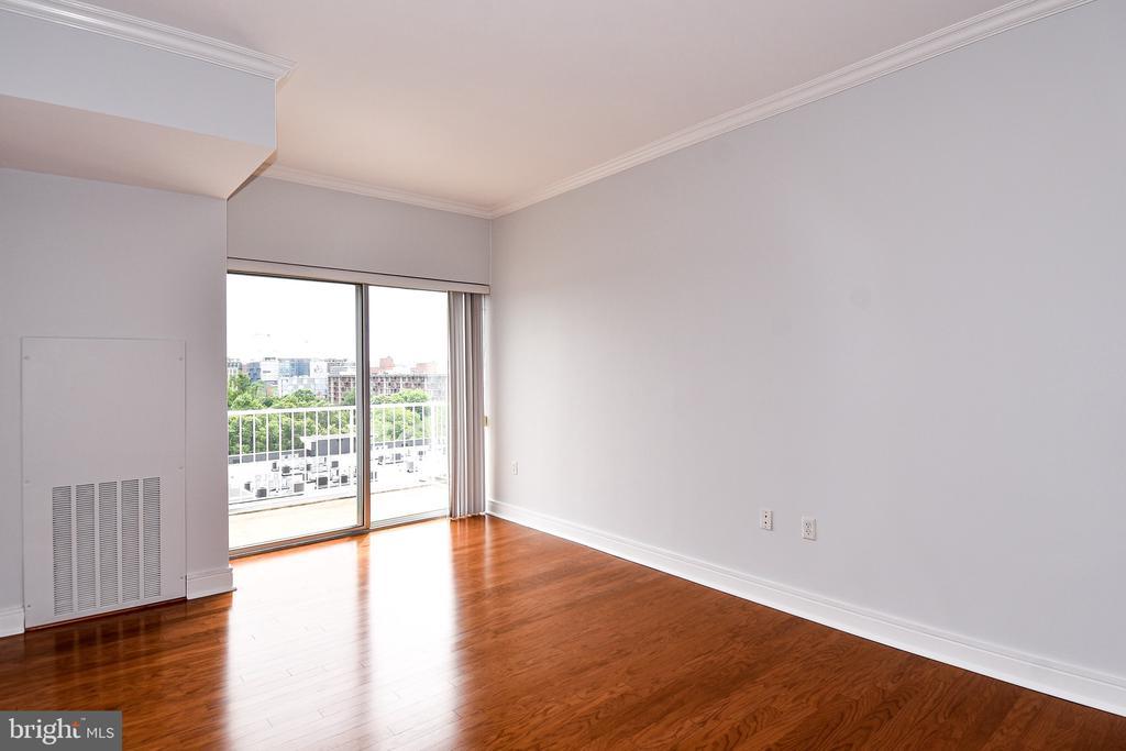 Living Room - 800 4TH ST SW #N817, WASHINGTON