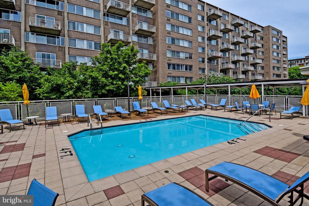 Pool - 800 4TH ST SW #N817, WASHINGTON