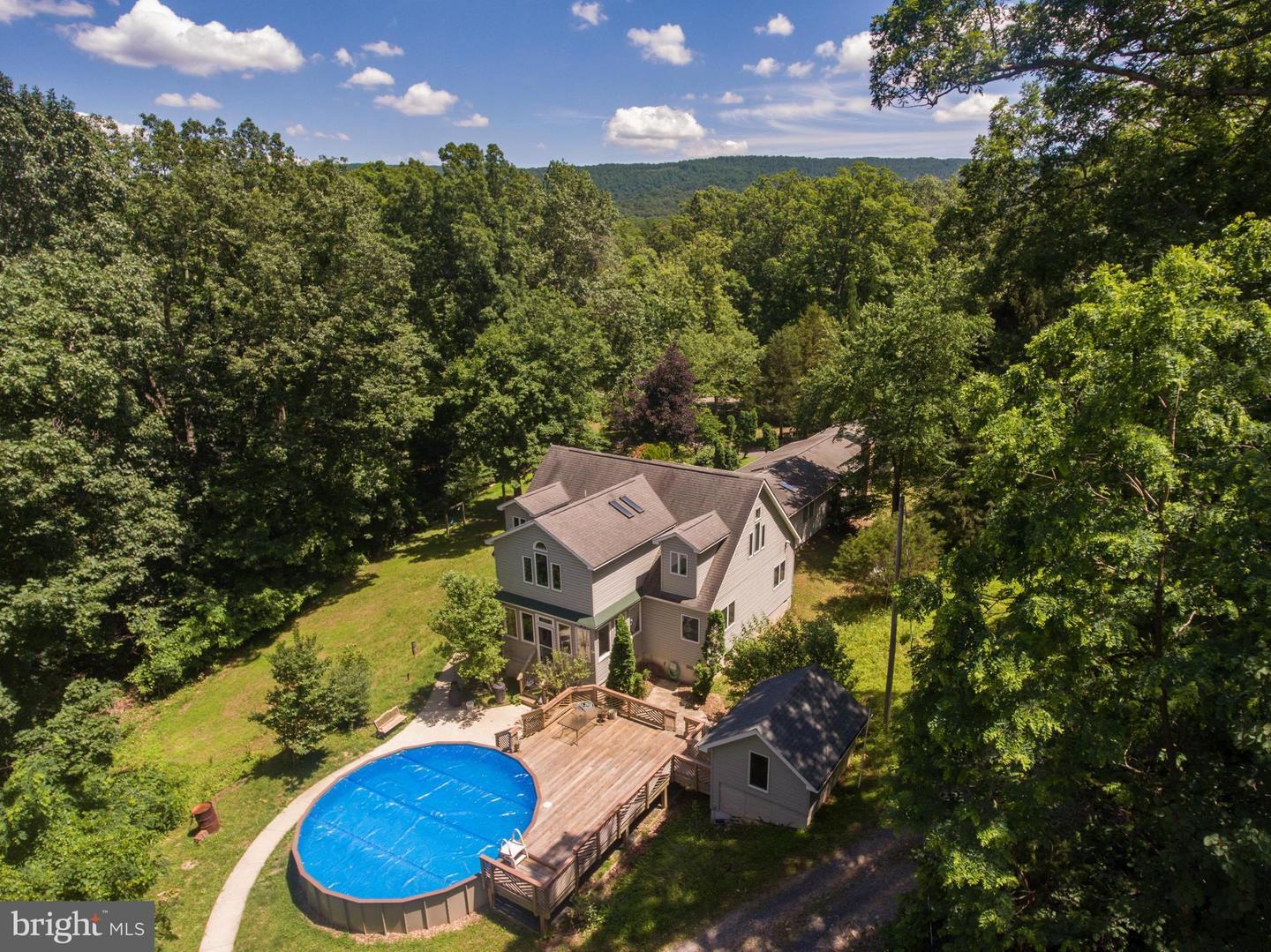 Single Family for Sale at 68 Farms Ridge Ln Front Royal, Virginia 22630 United States