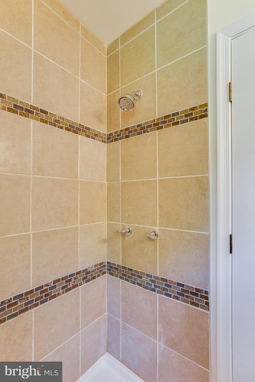 Newly updated shower - 5500 ODELL RD, BELTSVILLE