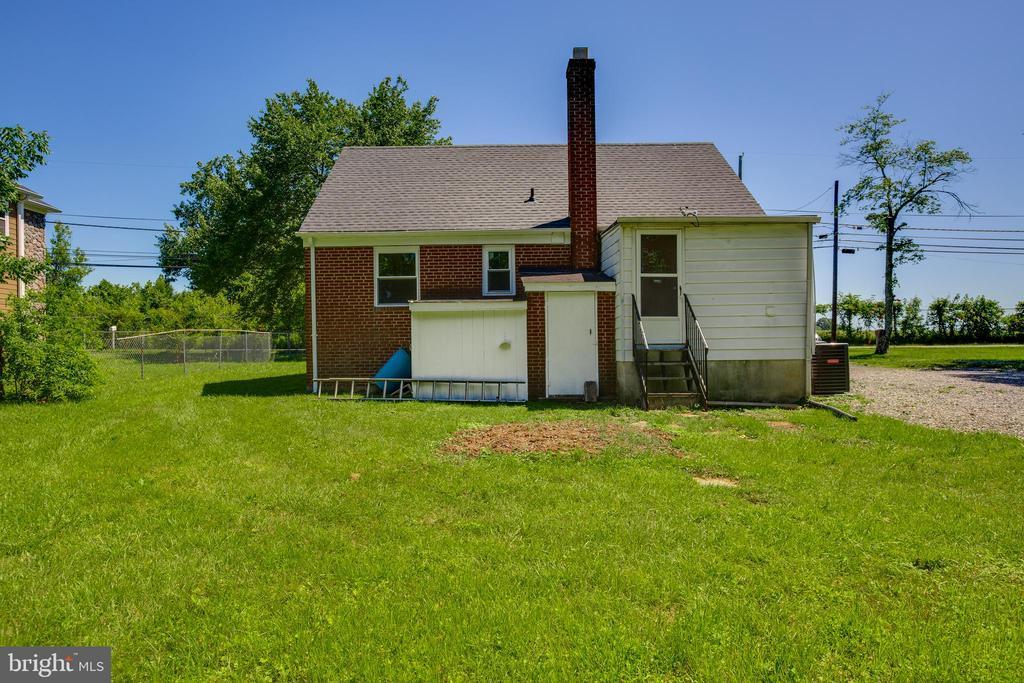 Exterior - Back of Home - 5500 ODELL RD, BELTSVILLE