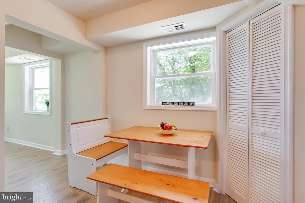 Dining Nook/Breakfast area! - 5500 ODELL RD, BELTSVILLE