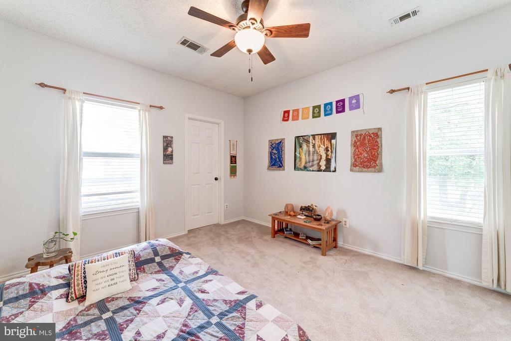 Master Bedroom #2 - Corner Unit Equals 2 Windows - 4404 HELMSFORD LN #203, FAIRFAX