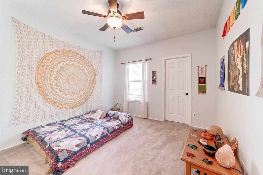 Master Bedroom #2 - Ceiling Fan - 4404 HELMSFORD LN #203, FAIRFAX
