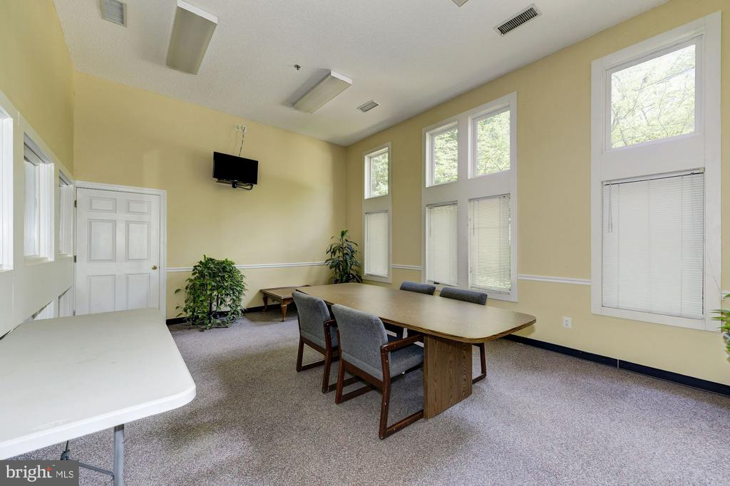 Club House with Party Room & Conference Room - 4404 HELMSFORD LN #203, FAIRFAX