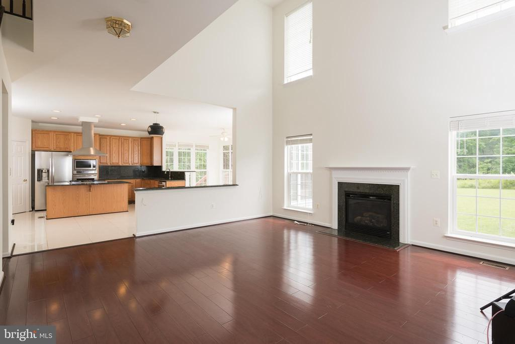 Great Room w/Gas Fireplace & Two Story Ceilings - 10905 HOWITZER DR, FREDERICKSBURG