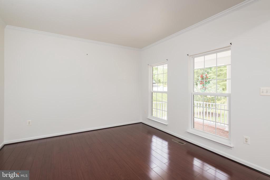 Formal Living Room - 10905 HOWITZER DR, FREDERICKSBURG