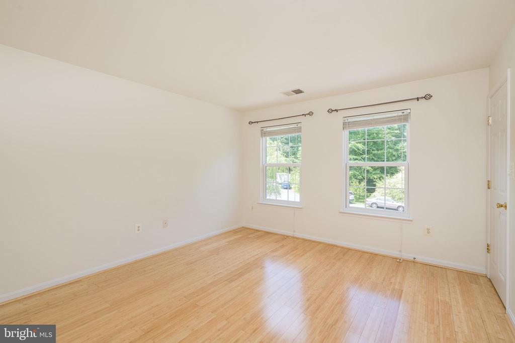 Bedroom #4 w/Hardwoods - 10905 HOWITZER DR, FREDERICKSBURG