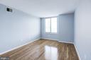 Master bedroom - 2220 FAIRFAX DR #708, ARLINGTON