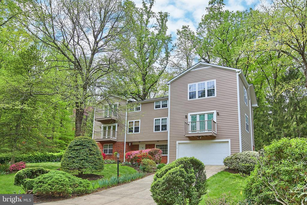 Falls Church Homes for Sale -  Loft,  6515  LAKEVIEW DRIVE