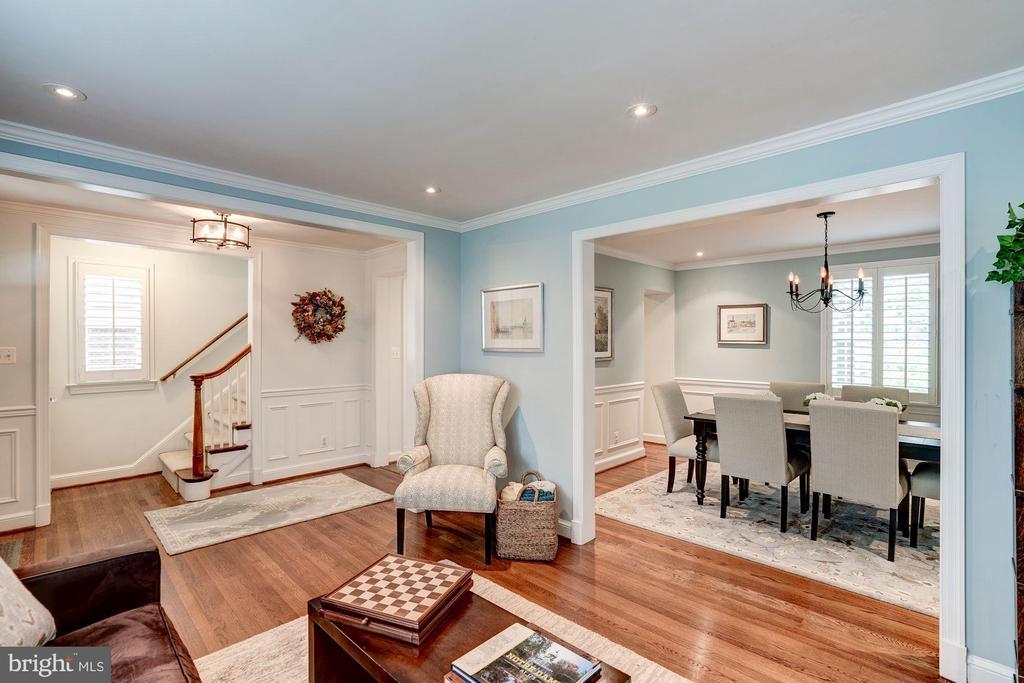 Living Room - 1710 N WAKEFIELD ST, ARLINGTON