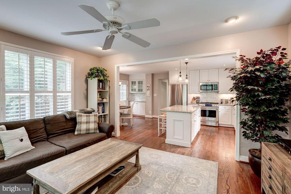 Family Room - 1710 N WAKEFIELD ST, ARLINGTON