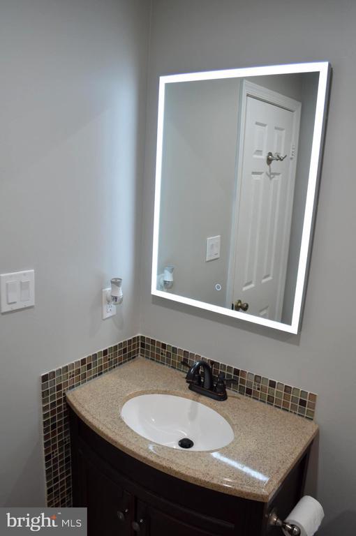 Bathroom #2 - 11827 BROCKMAN LN, GREAT FALLS