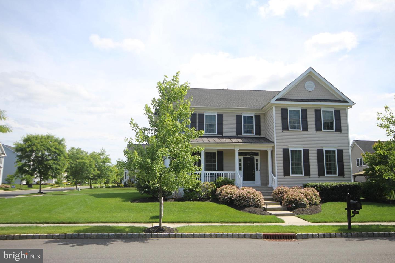 single family homes для того Продажа на Crosswicks, Нью-Джерси 08515 Соединенные Штаты