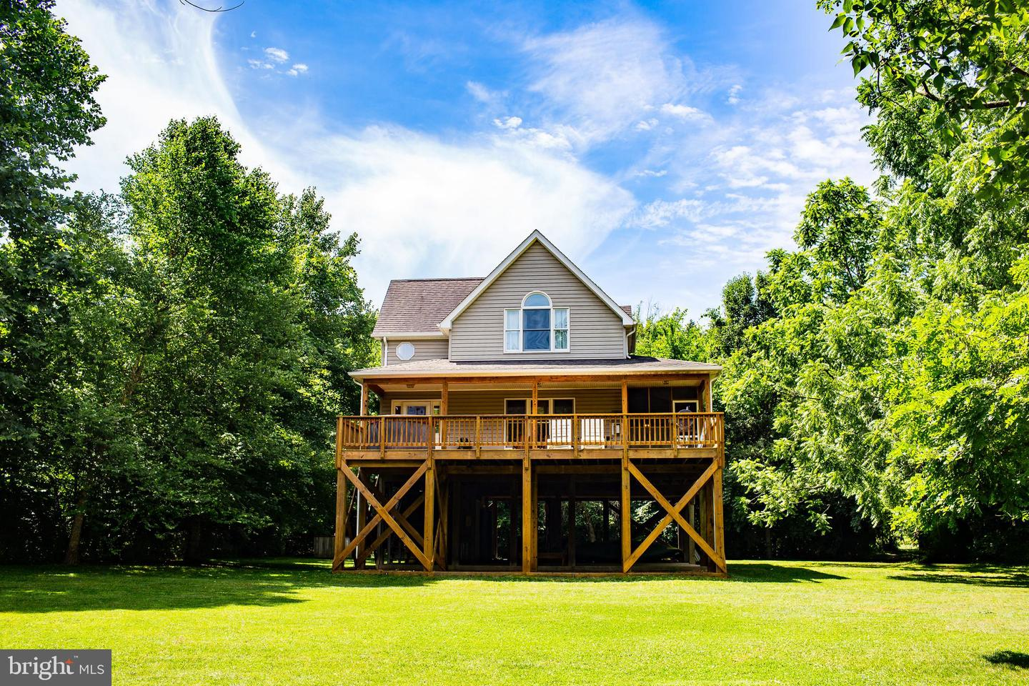 Single Family for Sale at 129 Bumgardners Ford Rd Luray, Virginia 22835 United States