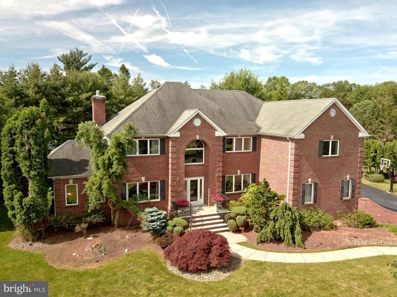 single family homes para Venda às Robbinsville, Nova Jersey 08691 Estados Unidos