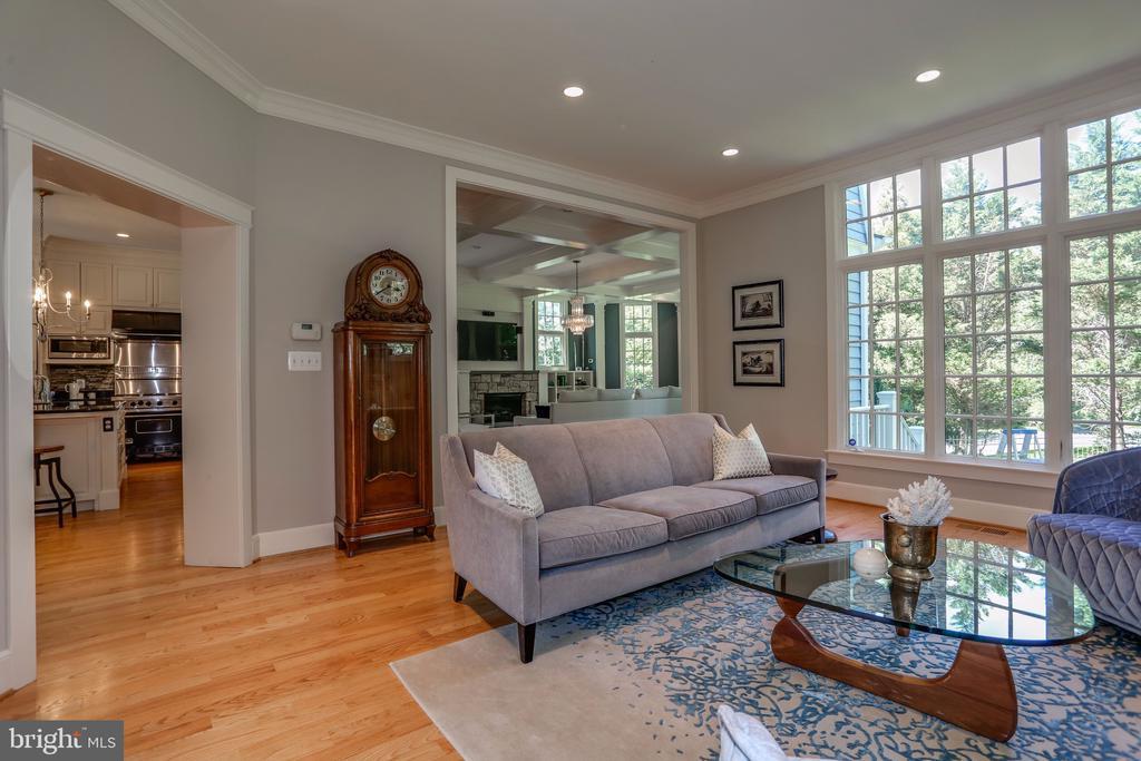 Living Room - 3305 N ALBEMARLE ST, ARLINGTON