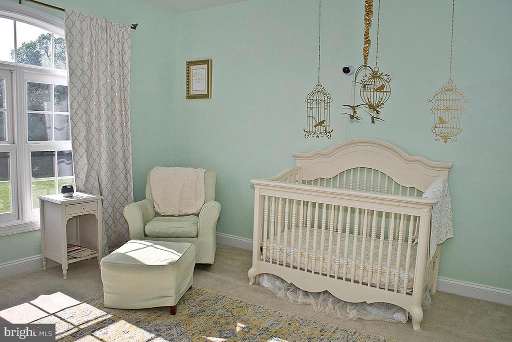 Bedroom with en suite Bath - 20280 GILESWOOD FARM LN, PURCELLVILLE