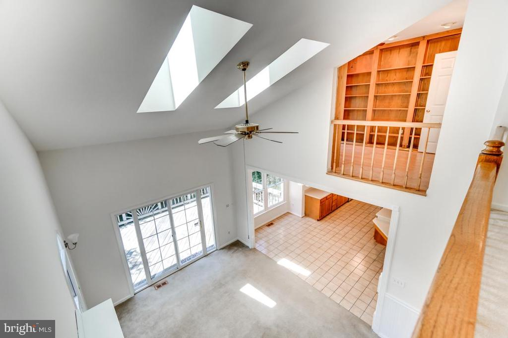 Overlook View into Family Room - 2235 AQUIA DR, STAFFORD