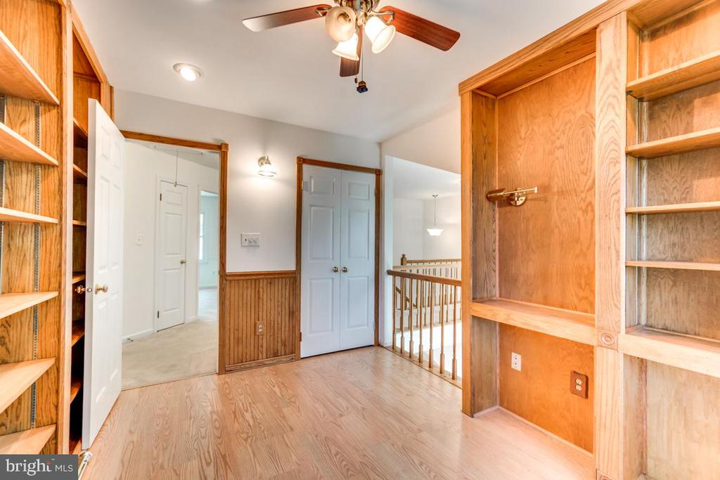 Library Has Potential as 5th Bedroom - 2235 AQUIA DR, STAFFORD