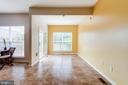 Family Room & Sitting Area off of Kitchen - 5185 BALLYCASTLE CIR, ALEXANDRIA