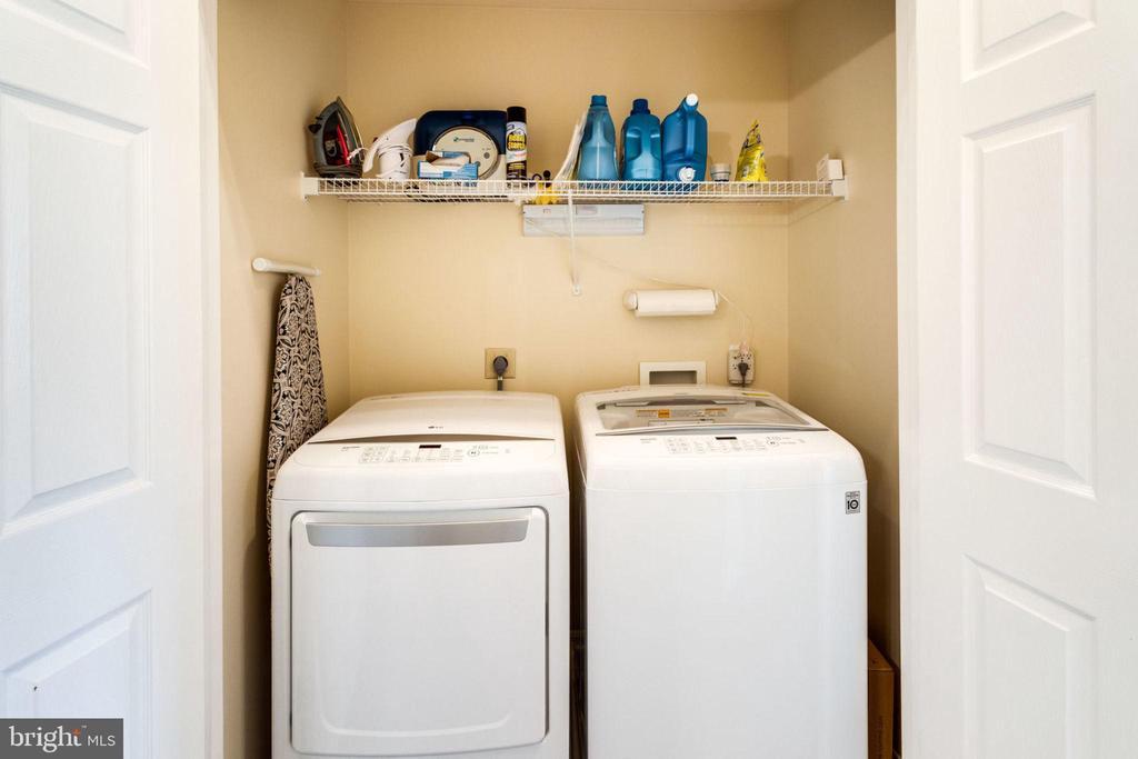 Upper Level Laundry - 5185 BALLYCASTLE CIR, ALEXANDRIA