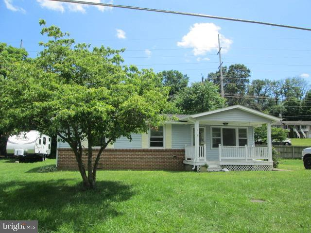 Single Family for Sale at 8 Hites Spring Rd Luray, Virginia 22835 United States
