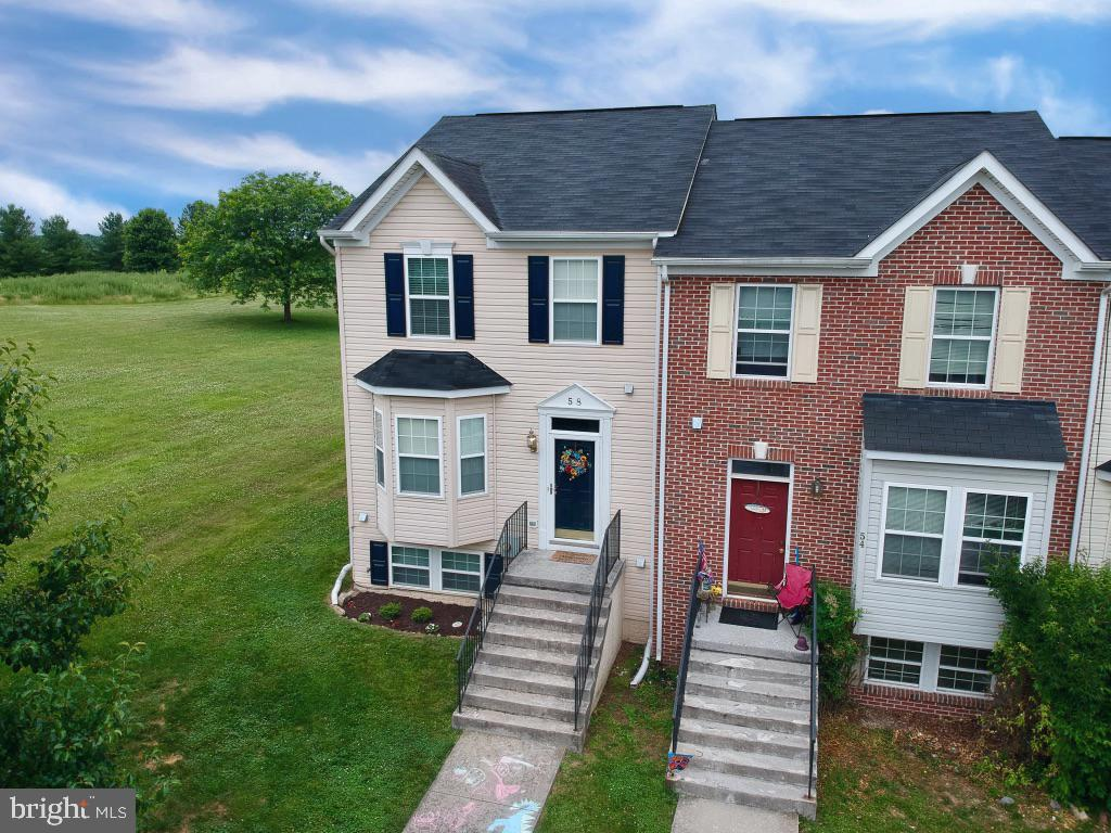 Single Family for Sale at 58 Litchfield Ln E Martinsburg, West Virginia 25405 United States