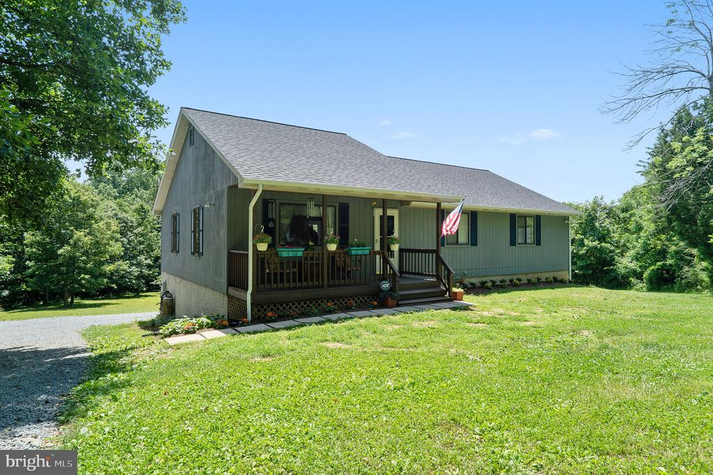 8427  SPRINGS WAY PLACE, Warrenton in FAUQUIER County, VA 20186 Home for Sale