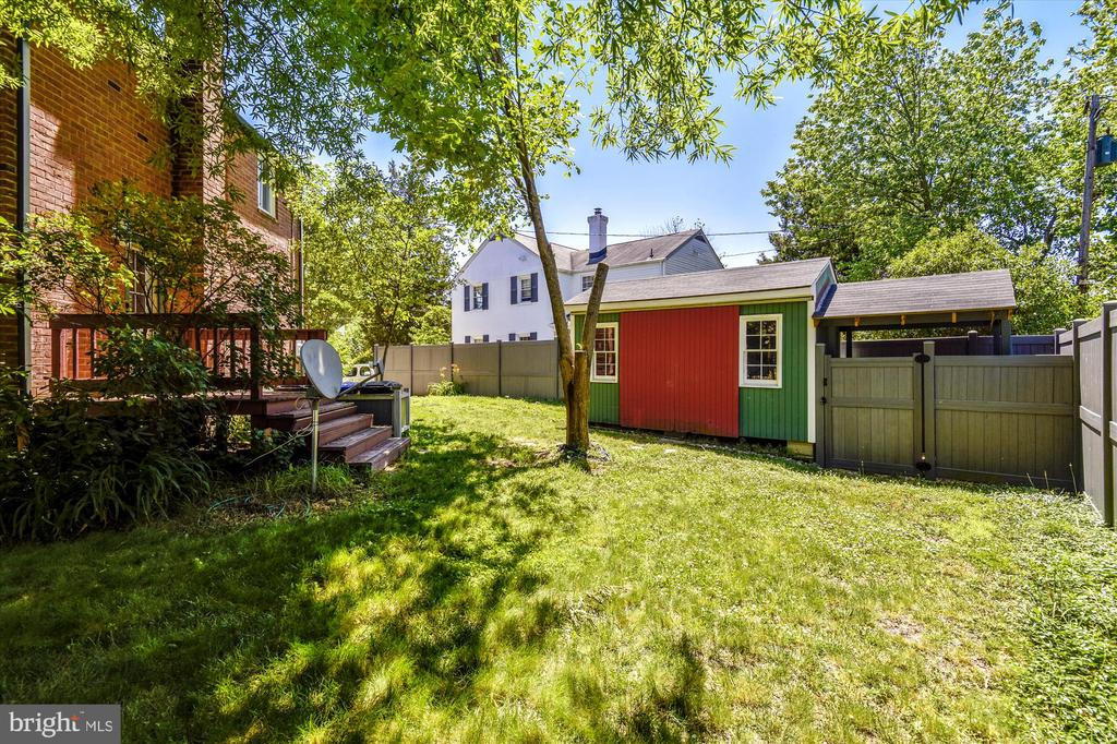 Great Backyard with Shed - 398 N EDISON ST, ARLINGTON