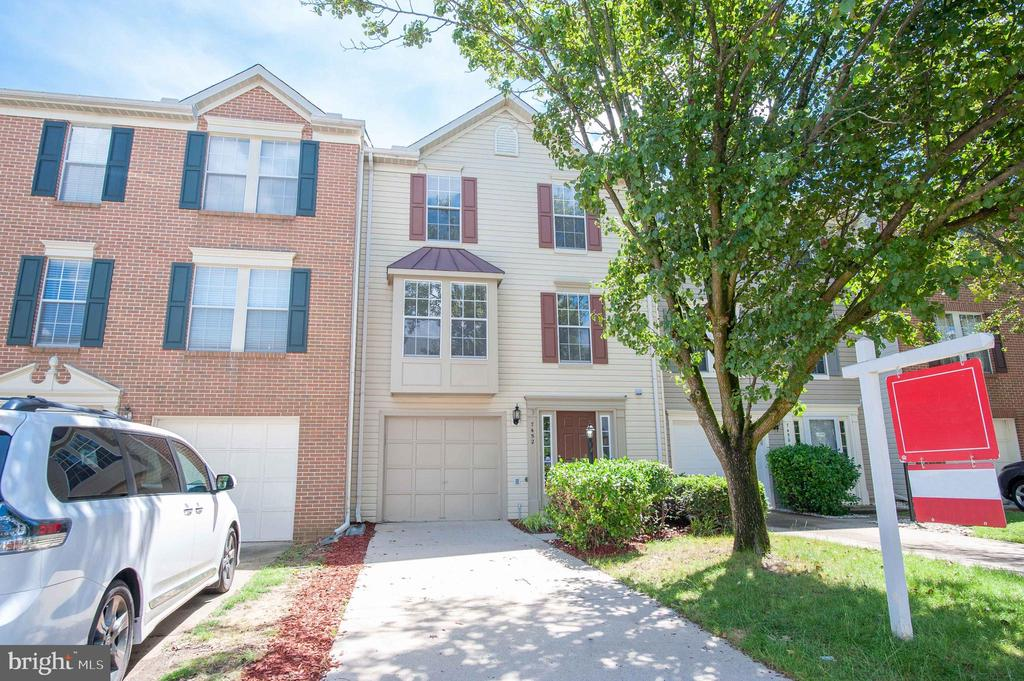 7452  GADSBY SQUARE, Kingstowne, Virginia
