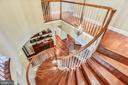 Elegant Circular Stairs - 18192 SHINNIECOCK HILLS PL, LEESBURG