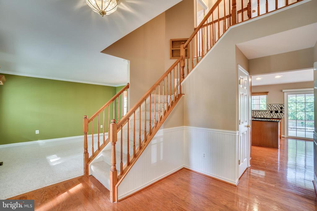Foyer - 700 WOODEN BRIDGE DR, PURCELLVILLE