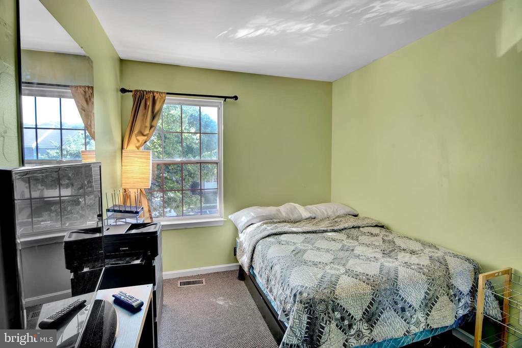 Bedroom 2 - 17892 LOUNSBERY DR, DUMFRIES